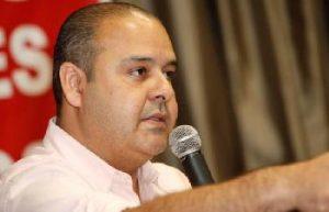 Vagner Freitas destaca que governo começa errado ao adotar agenda derrotada nas eleições/ Roberto Parizzotti